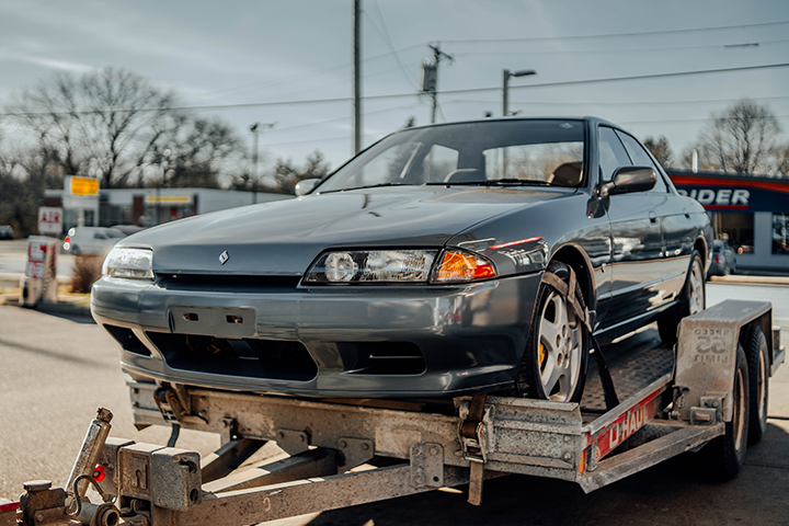 Video: We bought A Nissan Skyline R32!
